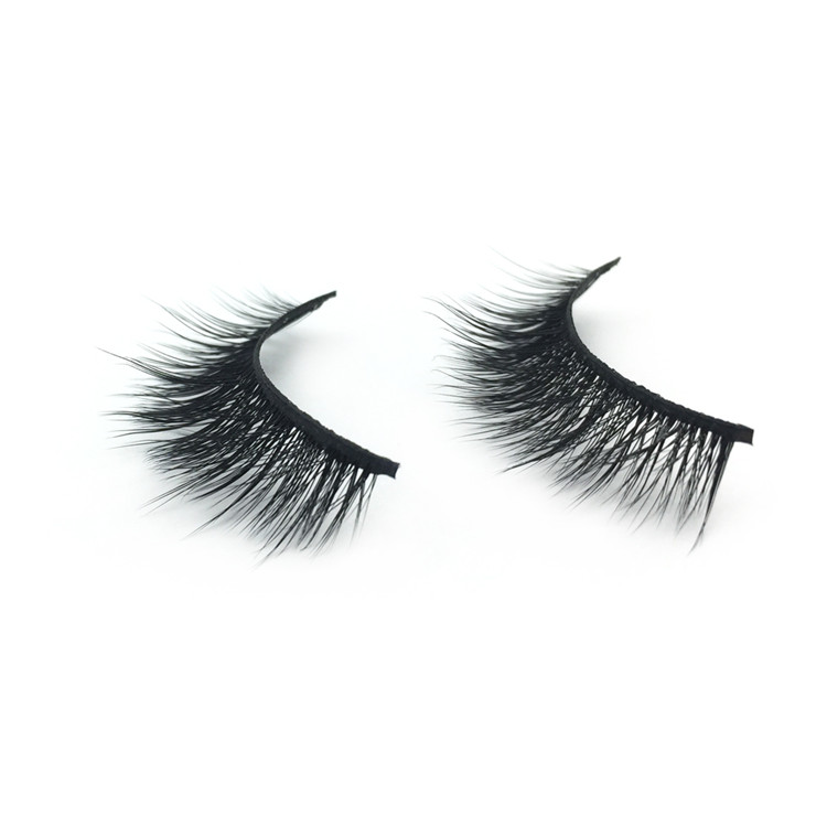 false eyelashes.jpg