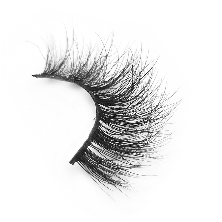 cheap-false-lashes.jpg
